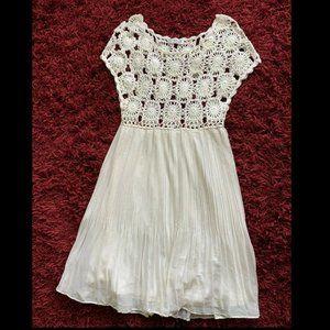 Mak B Crochet BOHEMIAN Off white Dress Size Large